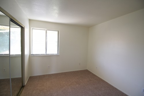 reno rental backpage